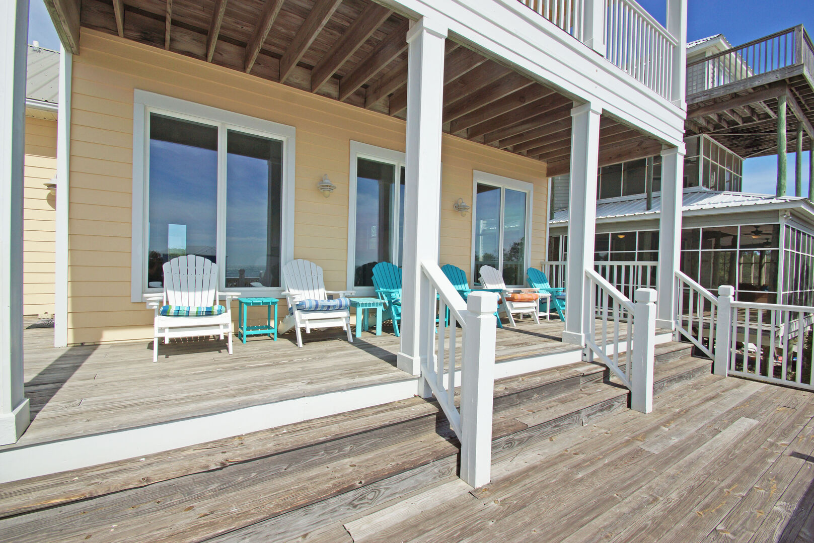 Enjoy Both a Covered and Uncovered Deck.