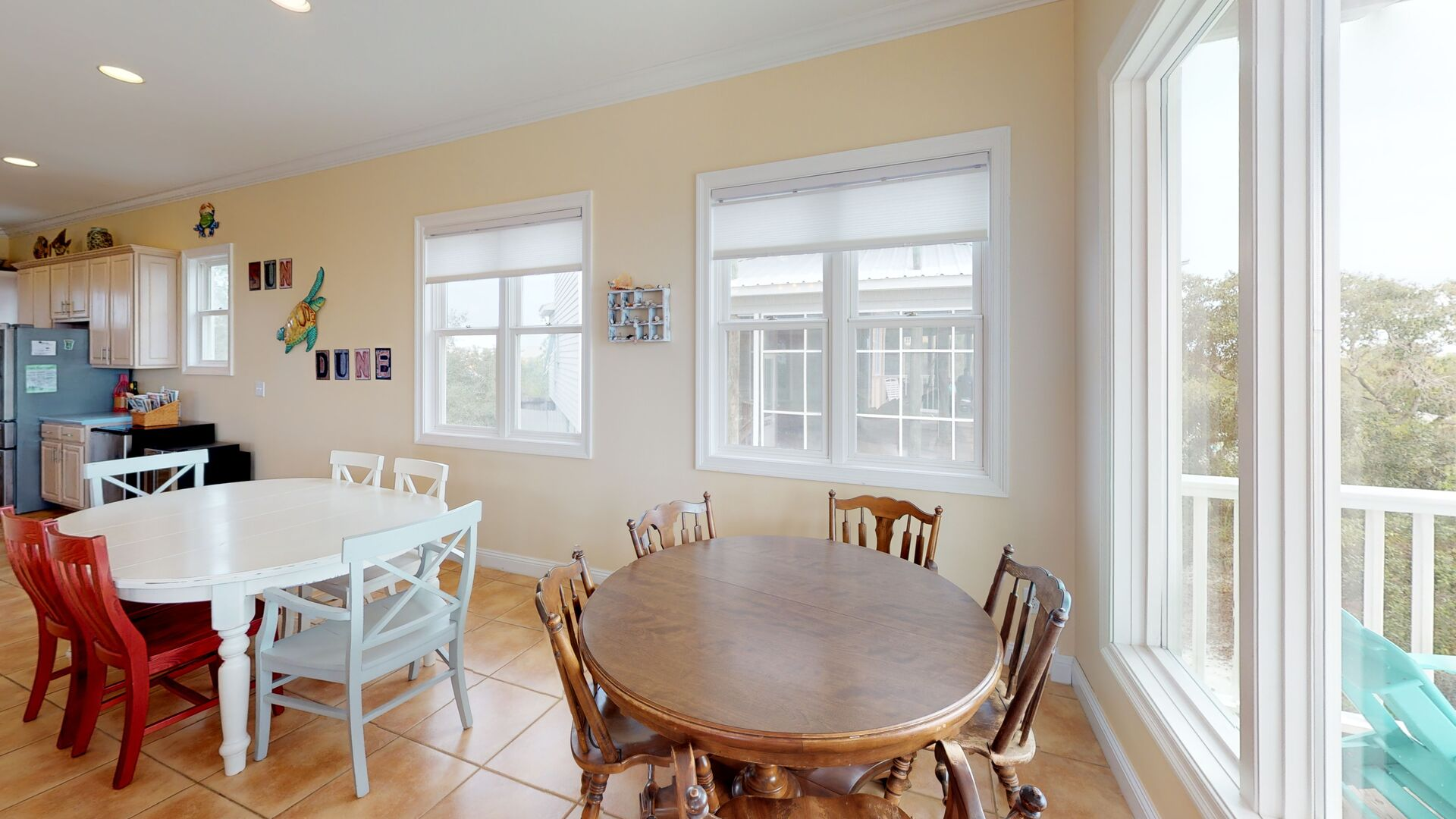 Plenty of Seating Featured in Pet Friendly Gulf Shores Vacation Rental.