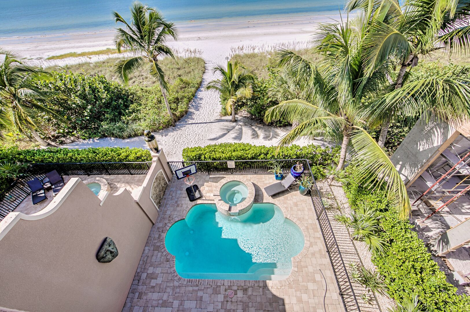 View of the Private Pool and Jacuzzi from the Balcony.