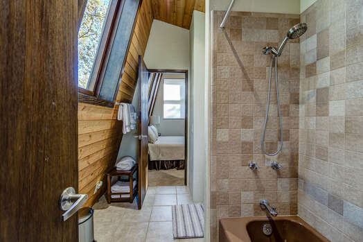 Jack-n-Jill Bath with a Tub/Shower Combo