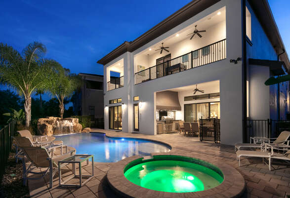 This home features a private pool with a spillover spa and waterfall for your enjoyment