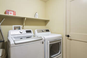 Full-sized washer/dryer located in-unit