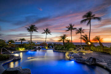 Sunset at the Halii Kai pool area