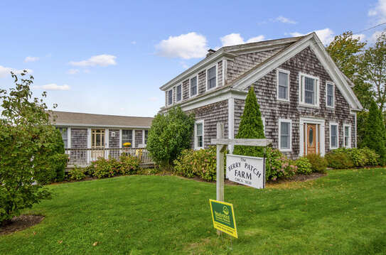 Welcome to The Farmhouse at Berry Patch Farm! 60 Sisson Road Harwich Port Cape Cod New England Vacation Rentals
