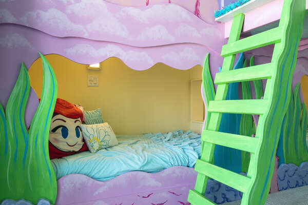 Kids will sleep with the fishes in these bunkbeds