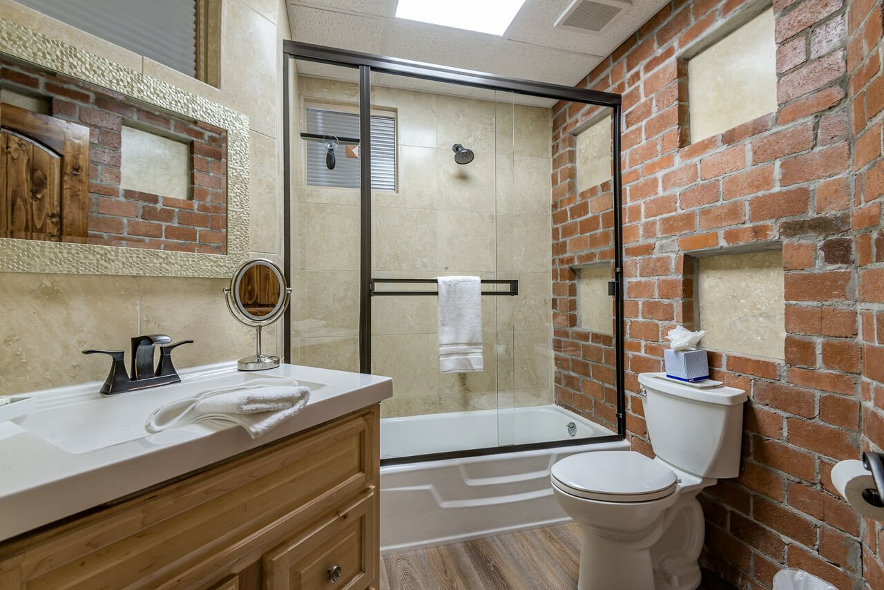 Lower Level Full Shared Bath 5 with a Tub/Shower Combo