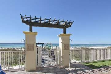 walk way to the beach from pool deck