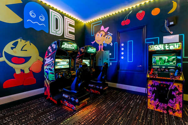 Play against family members at the Area 51 Site 4 Arcade shooting game