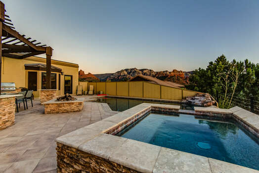 Large Patio with Private Pool and Hot Tub