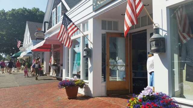 Down town-visit all the shops, cafes and Galleries! Chatham Cape Cod - New England Vacation Rentals