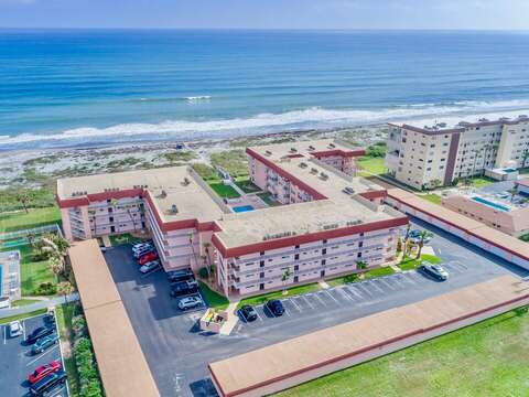 Spanish Main is located directly ON the beach and close to both downtown Cocoa Beach and nearby restaurants.
