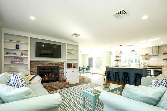 Open concept living at 40 Tip Cart Chatham Cape Cod - New England Vacation Rentals