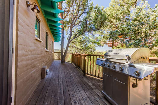 Side Deck with BBQ
