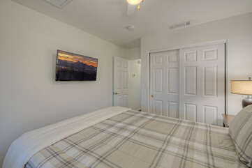 ALL bedrooms have TVs, ceiling fans and closet space.