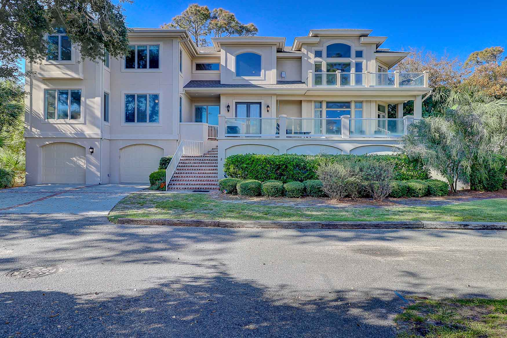 Front of Curlew 8, an exquisite 2nd-row ocean home