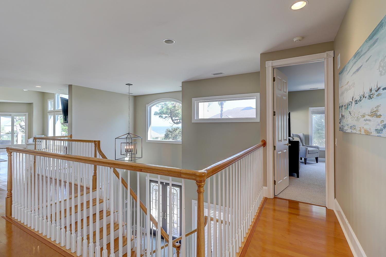 Access to oceanview queen bedroom