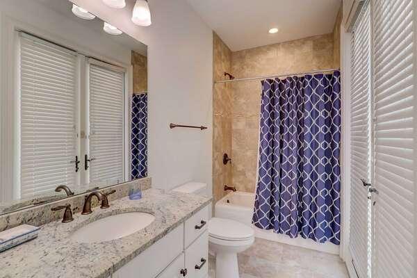 Bathroom for bedroom 5