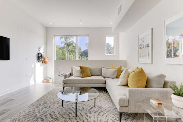 Living Room & Flat Screen TV on the Entry Level in our San Diego Townhouse Rental