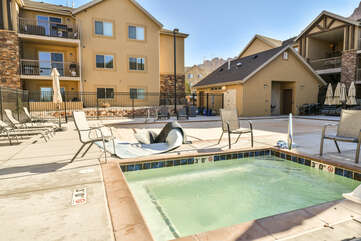 Shared hot tub and pool with seating