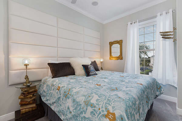 Have magical dreams in this suite with a king bed