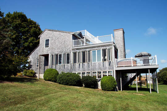 Big, green, grassy lawn to run and play on! 67 The Cornfield Chatham Cape Cod - New England Vacation Rentals