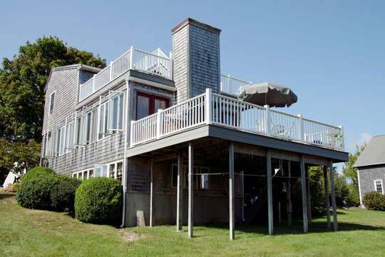 Lots of decks - lots of space! 67 The Cornfield Chatham Cape Cod - New England Vacation Rentals