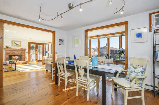 Dining table seats 8! 67 The Cornfield Chatham Cape Cod - New England Vacation Rentals