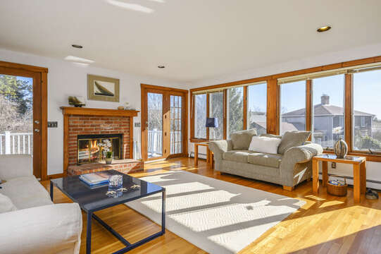 Bright - light sunroom with easy access to the deck-67 The Cornfield Chatham Cape Cod - New England Vacation Rentals