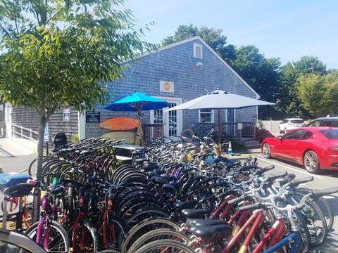 Rent bikes for the day at Chatham Hood Bikes in town! Chatham Cape Cod - New England Vacation Rentals