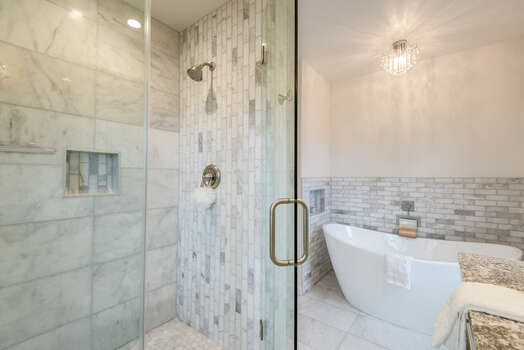 Beautiful Tile Bath and Shower