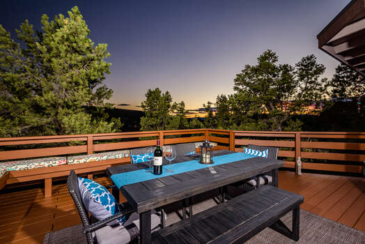 Outdoor Dining with Amazing Views