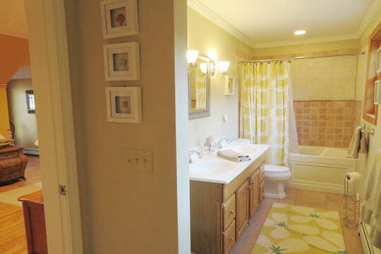 Full bath on 2nd flr - access from both TV room and bedroom-- 209 Indian Hill Road Chatham Cape Cod New England Vacation Rentals