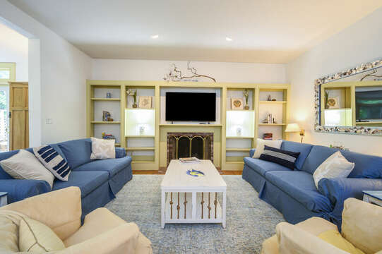 Living Area with Flat Screen TV- 9 Reliance Way Harwich Cape Cod - New England Vacation Rentals