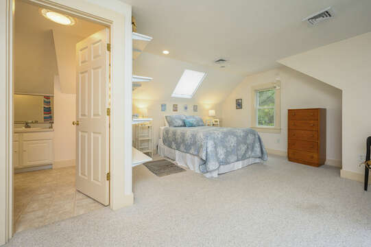 2nd Floor Bed #2 with Queen Bed ( over garage)- 9 Reliance Way Harwich Cape Cod - New England Vacation Rentals