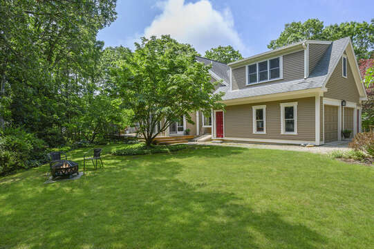 Welcome to Norma's Beach House - 9 Reliance Way Harwich Cape Cod - New England Vacation Rentals Backyard View