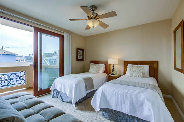 Guest Bedroom - 2 Twin Beds + Full Futon Sofa Bed, Private Balcony with Bay Views