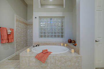 After a day on the trails or golf course spend tranquil moments soothing tired muscles in sumptuous garden tub