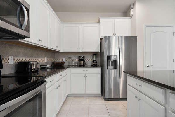 Plenty of storage space for all your kitchen needs