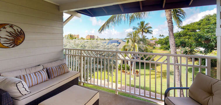 Comfortable / Private Lanai with Seating for Six
