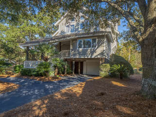 Welcome to 2221 Oyster Catcher Court!