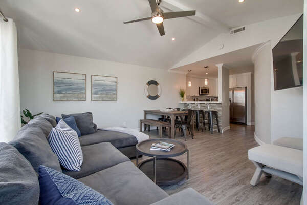 Open Floor Plan in Vacation Rental Home in San Diego.
