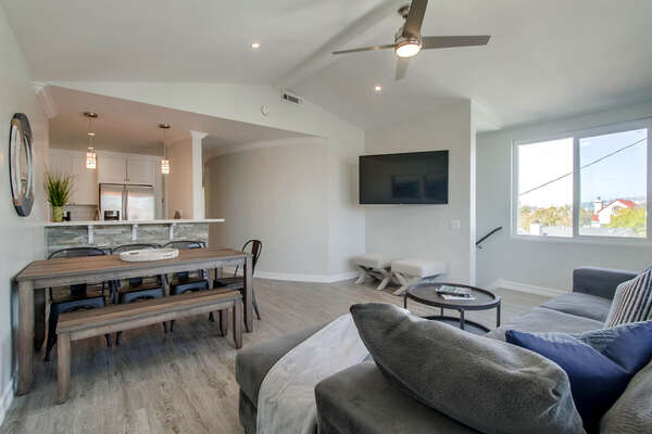 Living and Dining Area in Vacation Rental Home in San Diego.