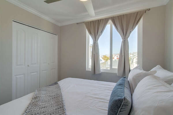 Image of Large Window in Second Bedroom.