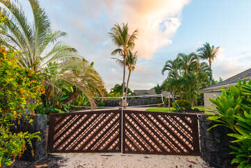 Outside view of our kona hawaii vacation rentals
