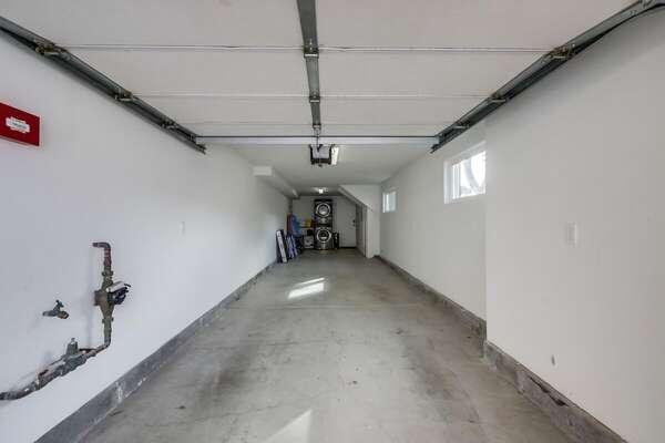 Tandem Garage Parking