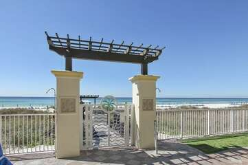 walk way entrance from pool deck