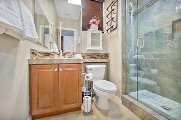 Suite 3 Bathroom.