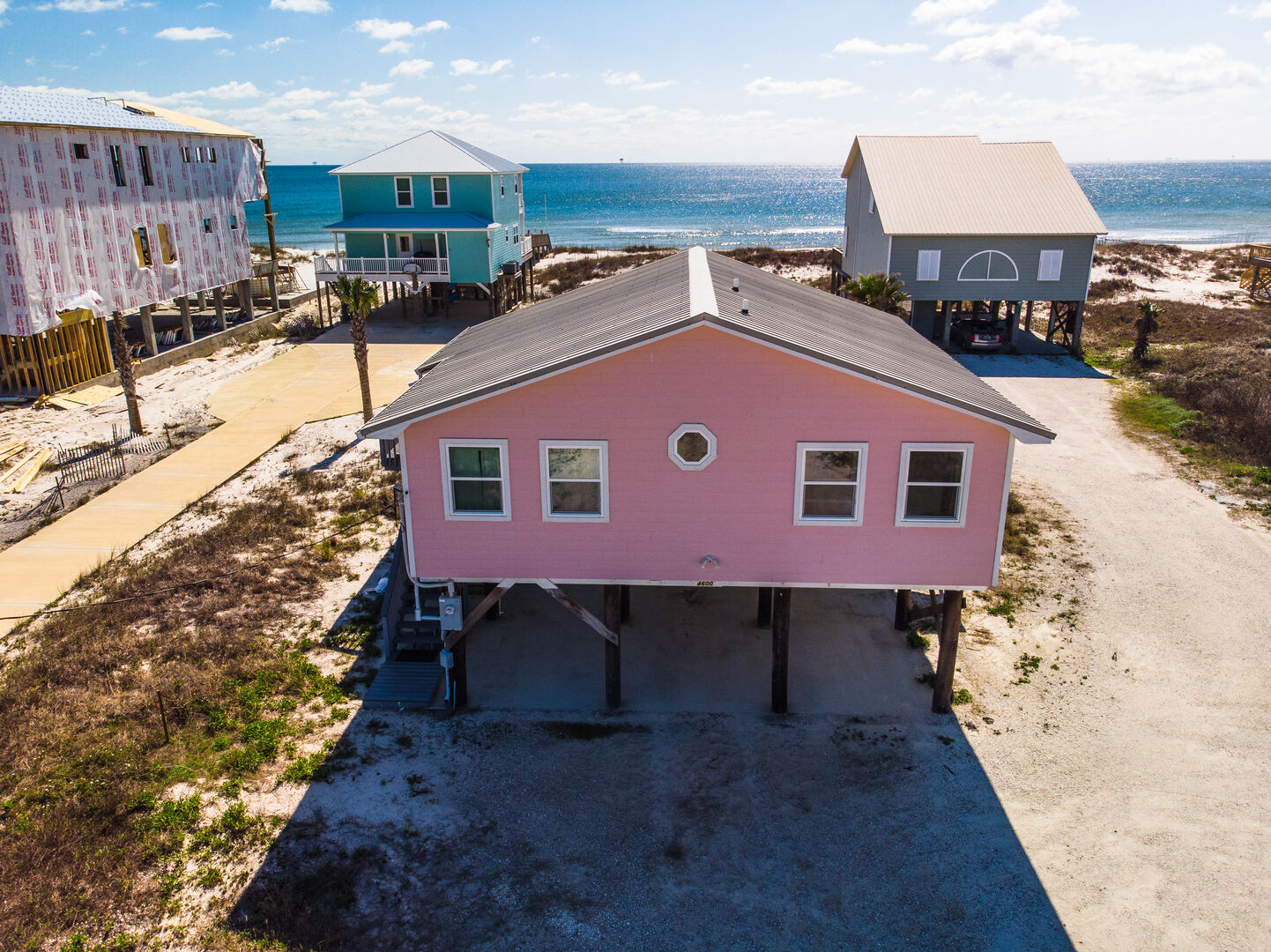 The back of this Gulf Shores cottage rental