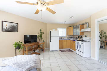 The small kitchenette offer a gas stove range, coffee maker, toaster, and french coffee press.