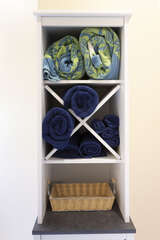 We provide towels and beach towels.